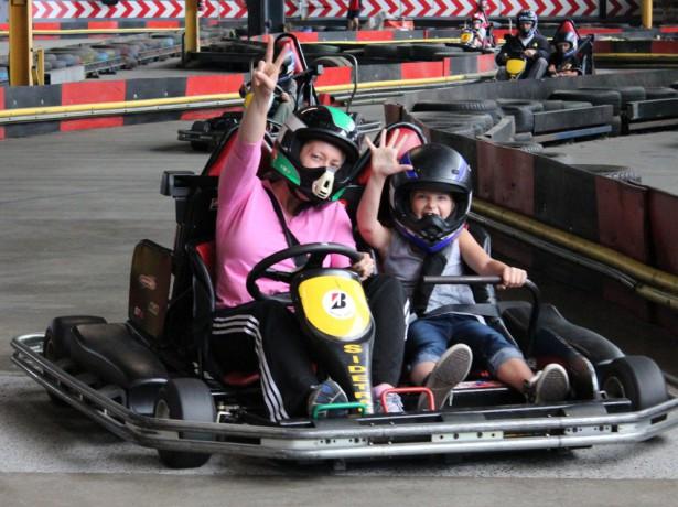 Double Kart shot